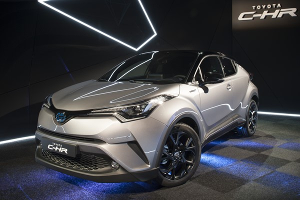 toyota c-hr launch edition 2609-2
