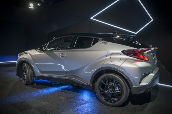 toyota c-hr launch edition 2609-3