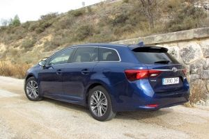 Toyota Avensis Touring Sports 150D Executive