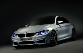 BMW M4 Concept Iconic Lights con luces láser