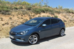Opel Astra 5p 1.0 Turbo 105 Dynamic, 2016, fotos al detalle